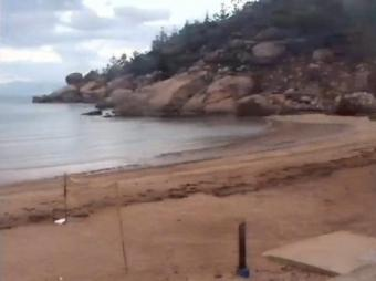 Alma Bay webcam - Arcadia webcam, Queensland, Magnetic Island