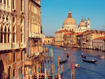 Venice webcam - Rialto Bridge bridge and Grand Canal webcam, Venetia, Venice
