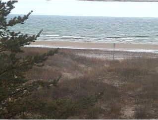 Sauble Beach webcam - Jack n Jill's Surf Shop webcam, Durham Region, Ontario