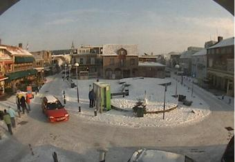 Egmond aan Zee webcam - Egmond aan Zee Pompplein webcam, North Holland, Bergen