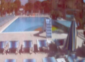 Rimini webcam - Hotel Paris Swimming Pool, Bellaria webcam, Emilia-Romagna, Rimini