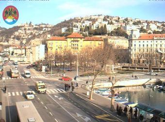 Rijeka webcam - Rijeka Trsat and Titos Square webcam, Primorje-Gorski kotar, Kvarner Bay