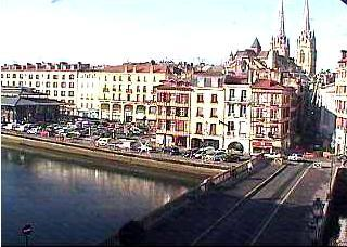 Bayonne webcam - Quai de la Nive and halls webcam, Aquitaine, Pyrenees-Atlantiques