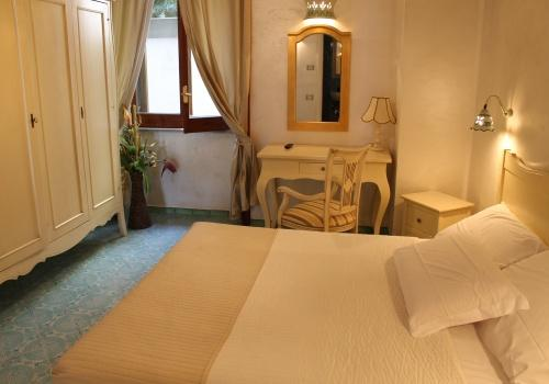 Bed and breakfast bellavista costa d 39 amalfi in vietri sul for Bed and breakfast amalfi coast