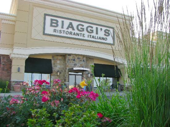 Italian Restaurant Near Me: Biaggi's Ristorante Italiano In Peoria, Peoria County