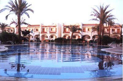 Dive inn resort in sharm el sheikh sinai peninsula egypt for Dive inn sharm