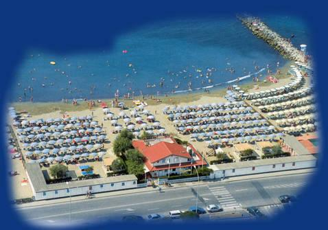 Bagno milano in massa massa carrara italy beach full details - Bagno milano marina di massa ...