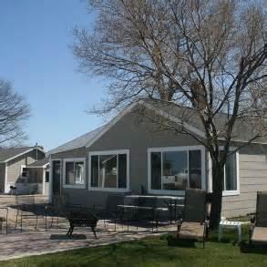 Harborview cottages in port austin huron county united for Porto austin cabin rentals