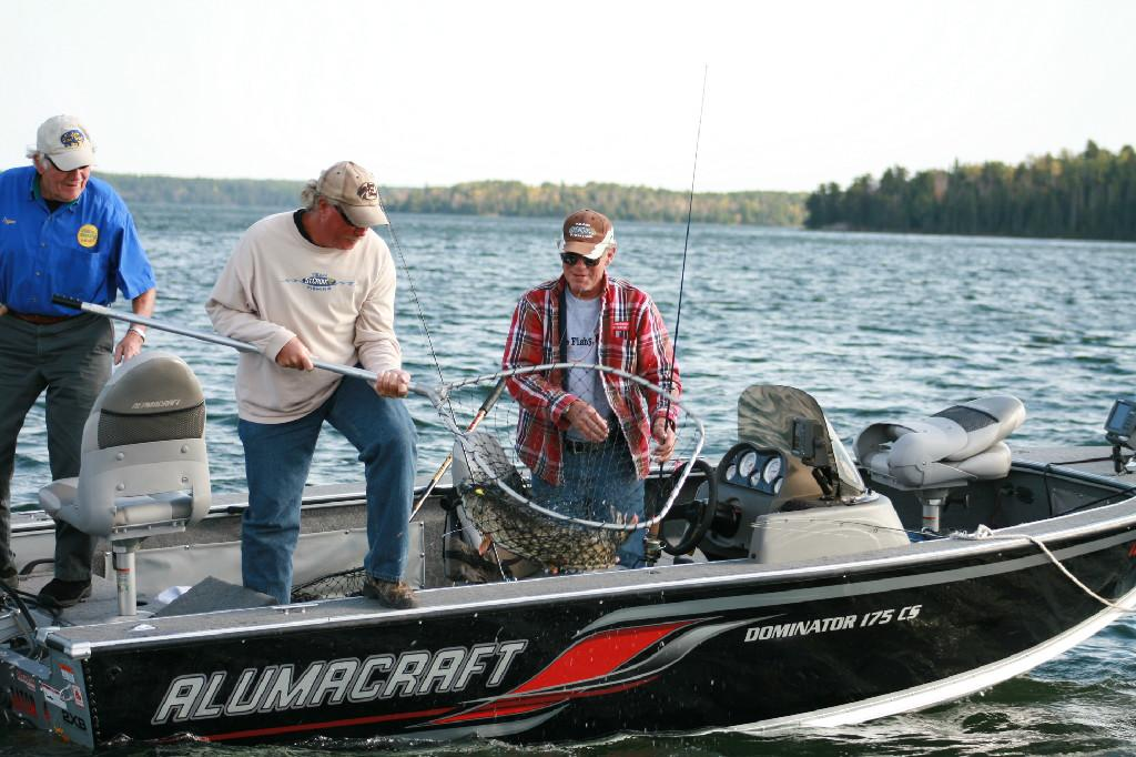 Smitty 39 S Canadian Fishing In Sioux Narrows Kenora
