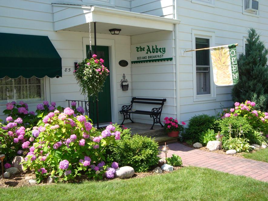 Pentwater Bed And Breakfast